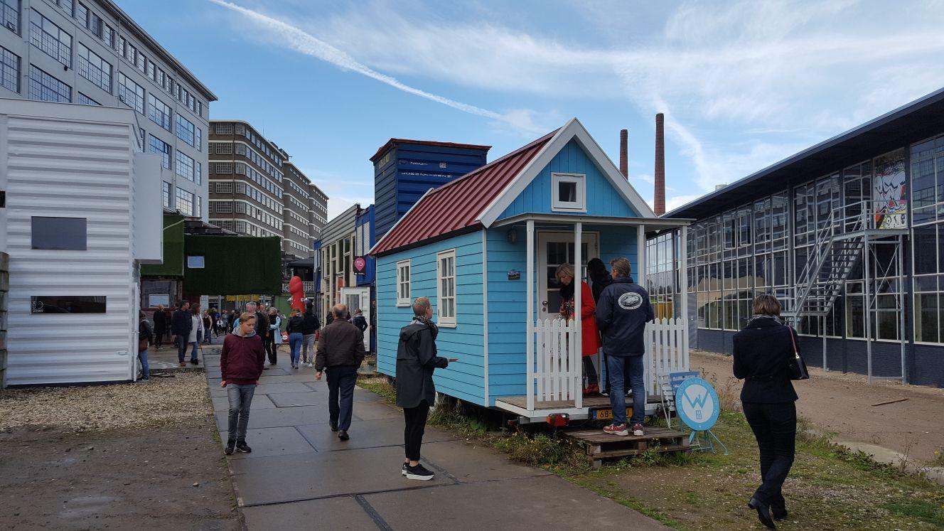 Klein wonen op de Dutch Design Week.